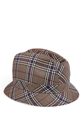 hat-with-checked-pattern