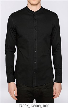 shirt-with-stand-up-collar