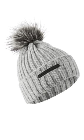 knitted-hat-with-faux-fur-pompom