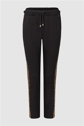 jogger-style-trousers-with-leopard-print