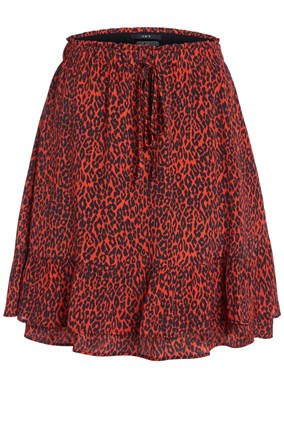 mini-skirt-with-leopard-print