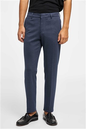 tailored-trousers-with-pleats