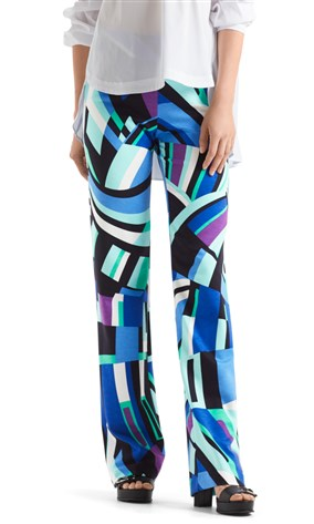 jersey-pants-with-graphic-print