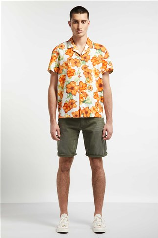 casual-shirt-with-short-sleeves