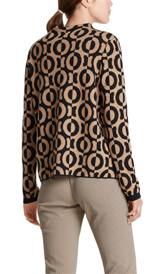 sweater-with-graphic-pattern
