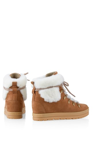 wedge-heel-booties-with-faux-fur