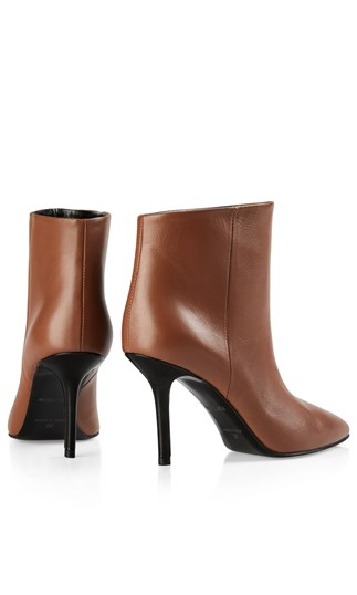 ankle-boots-with-designer-heel