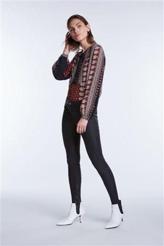 blouse-with-aztec-pattern