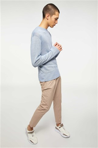knit-sweater-with-round-neck